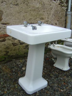 lavabos anciens r f lc3 lavabo sur colonne cliquer 2 fois de suite sur la photo pour l. Black Bedroom Furniture Sets. Home Design Ideas